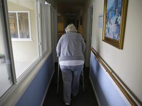吸毒为什么使人衰老
